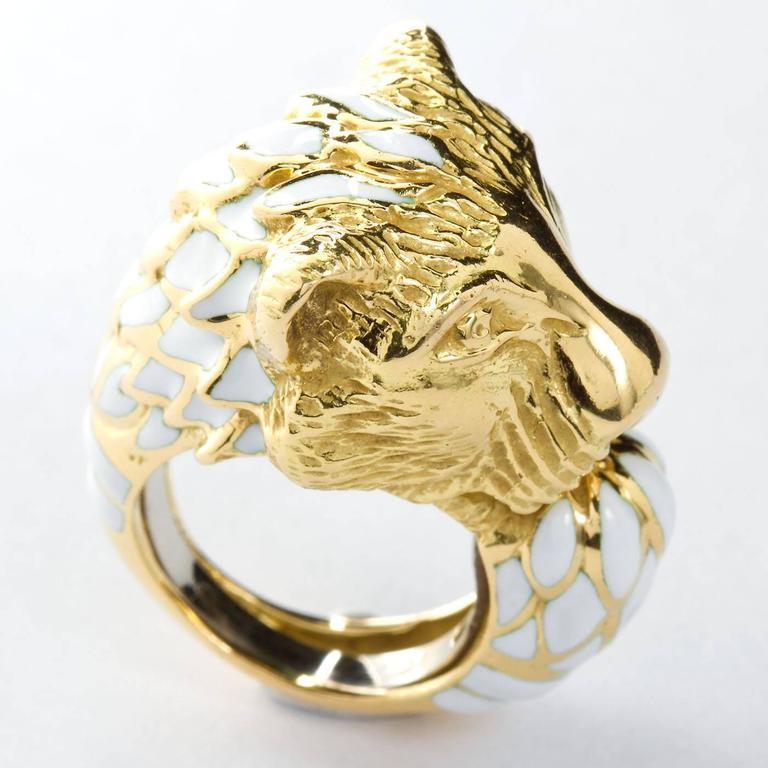 David Webb Enamel Gold Lion Ring For Sale 2