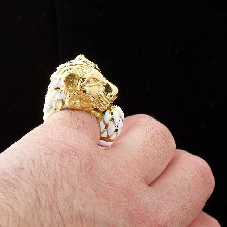 Women's or Men's David Webb Enamel Gold Lion Ring For Sale