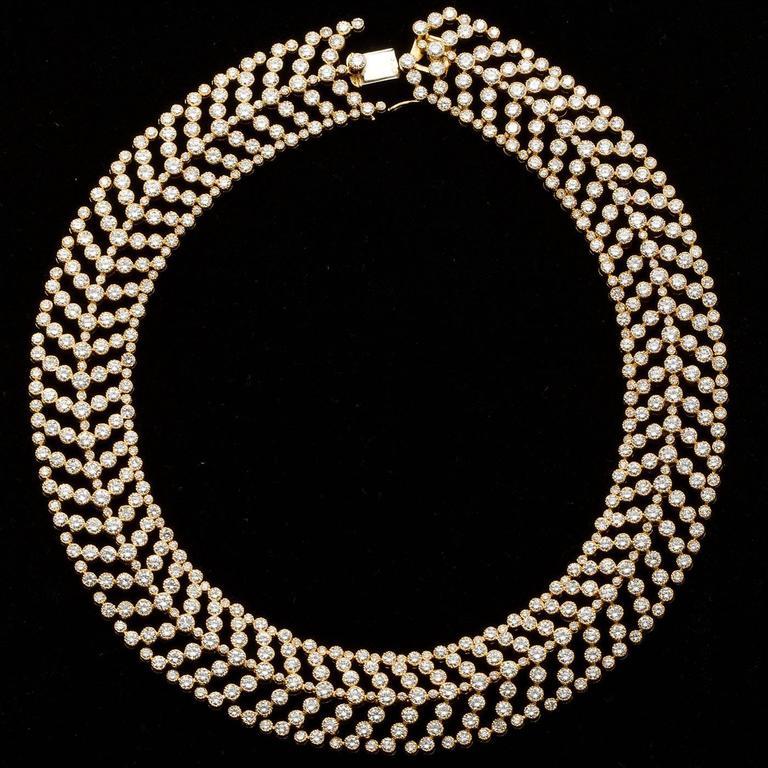 Cartier Paris Vintage Diamond in Gold Choker Necklace For Sale 1