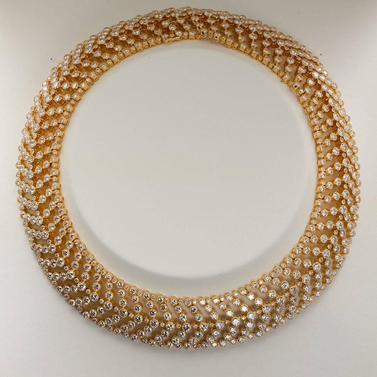 Cartier Paris Vintage Diamond in Gold Choker Necklace For Sale 2