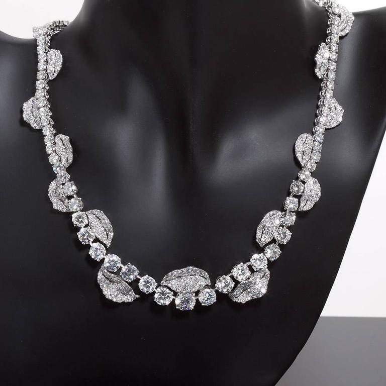French Garland Diamond Platinum Necklace 52 Carats For Sale 1