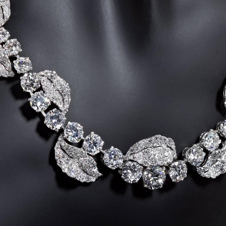 French Garland Diamond Platinum Necklace 52 Carats For Sale 2