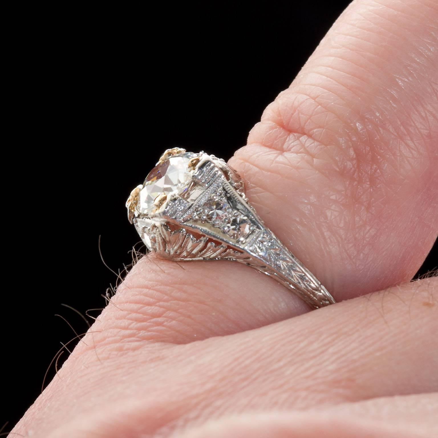 1920s 1.08 Carat Old Mine Diamond Platinum Ring For Sale at 1stdibs