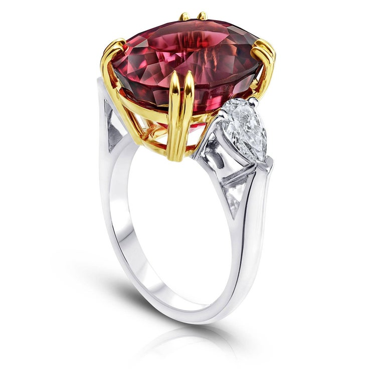 Striking 15.13 Carat Oval Red Spinel Diamond Ring 3