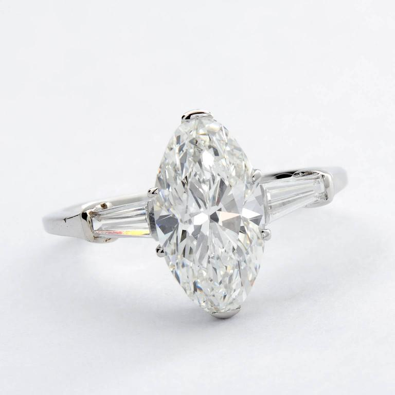 Women's 3 Carat GIA Certified Oval Brilliant Diamond Platinum Engagement Ring For Sale