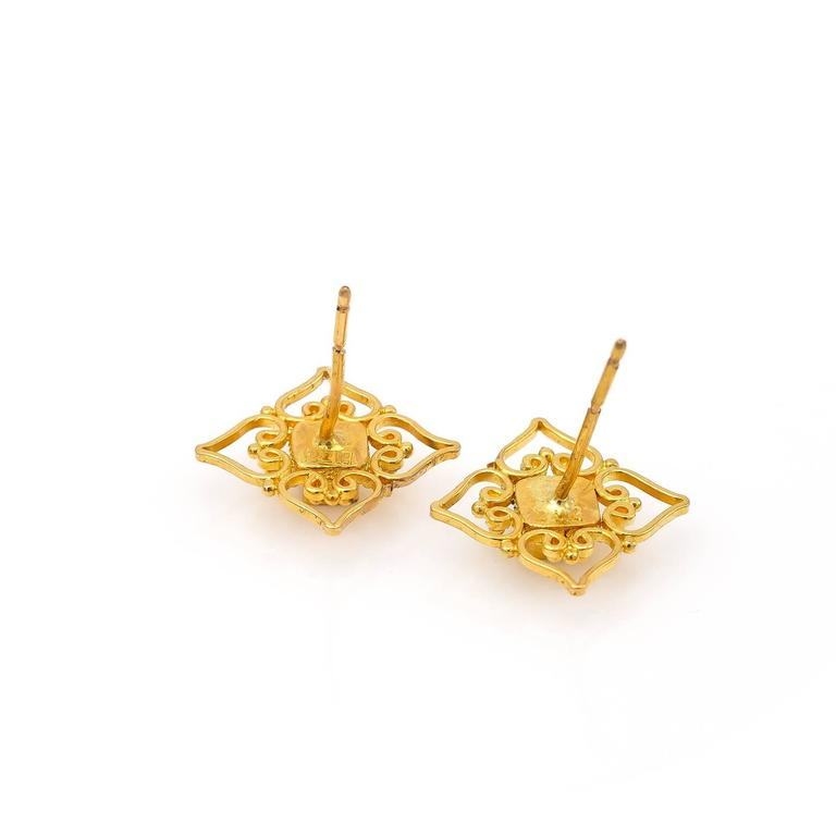 Contemporary Princess Cut Champagne Diamond and Yellow Gold Filigree Stud Earrings For Sale