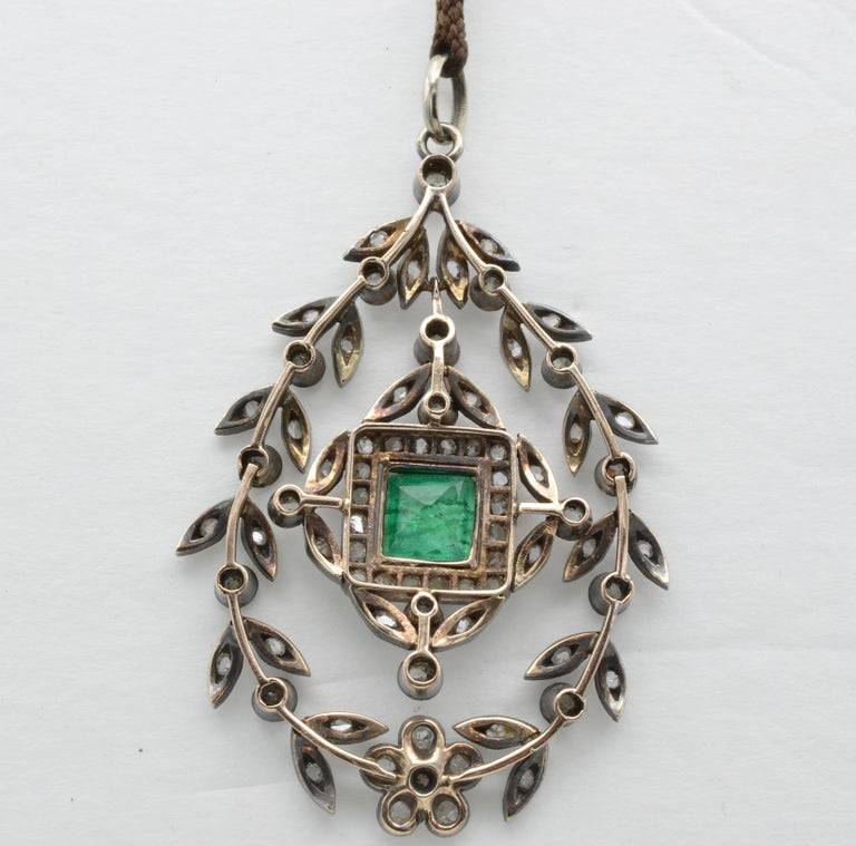 Edwardian Emerald Square Old Mine Cut Diamonds Pendant Silver 1890 Trembleuse In Excellent Condition In Berkeley, CA