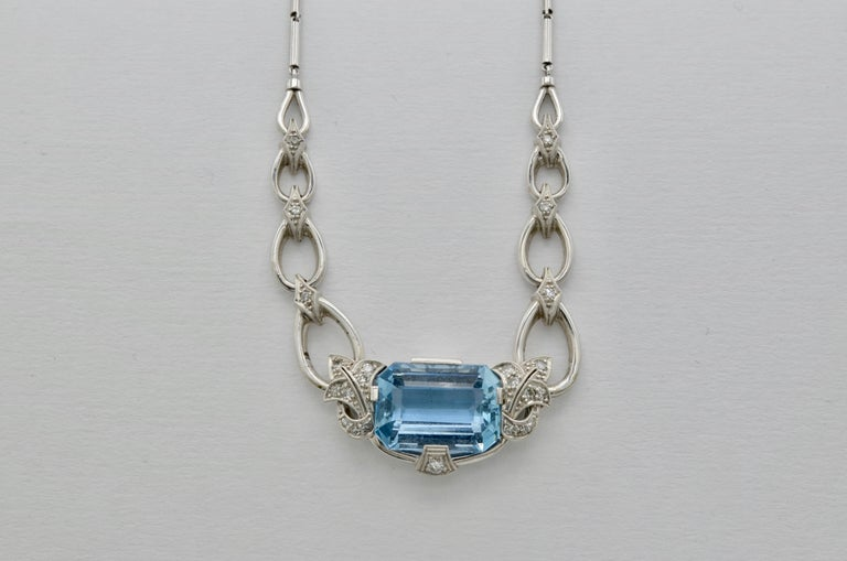 Retro 60's Aquamarine Diamond Gold Necklace For Sale 1