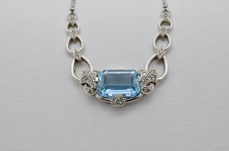 Retro 60's Aquamarine Diamond Gold Necklace For Sale 2