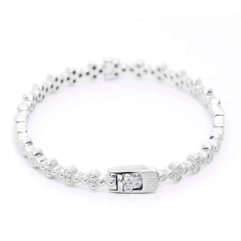 Jude Frances Provence Diamond Bangle In Excellent Condition For Sale In Dallas, TX