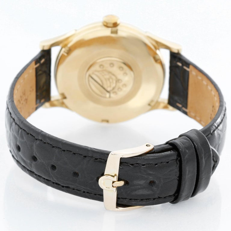 Men's Omega Constellation Automatic 18 Karat Yellow Gold Watch For Sale