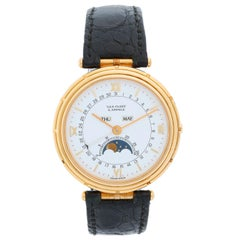 Van Cleef & Arpels 18 Karat Yellow Gold La Collection Ladies Watch