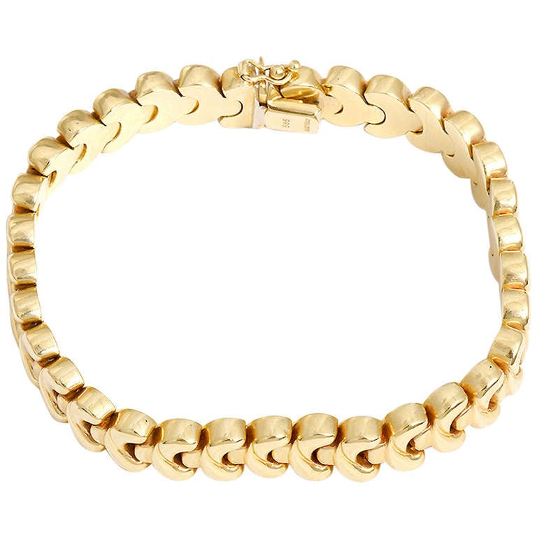 Beautiful Yellow Gold Bracelet at 1stdibs