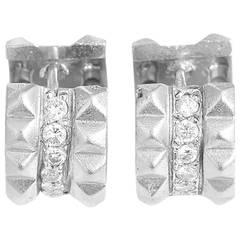 Sue Gragg Beautiful Diamond Gold Huggie Earrings