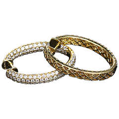 Beautiful Yellow Gold and Pave Diamond Oval Hoop Earrings