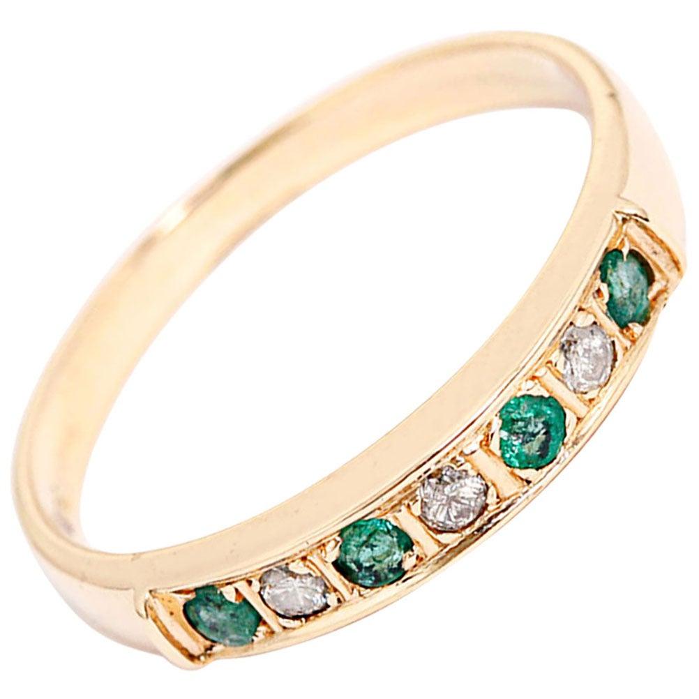 beautiful emerald gold band ring at 1stdibs