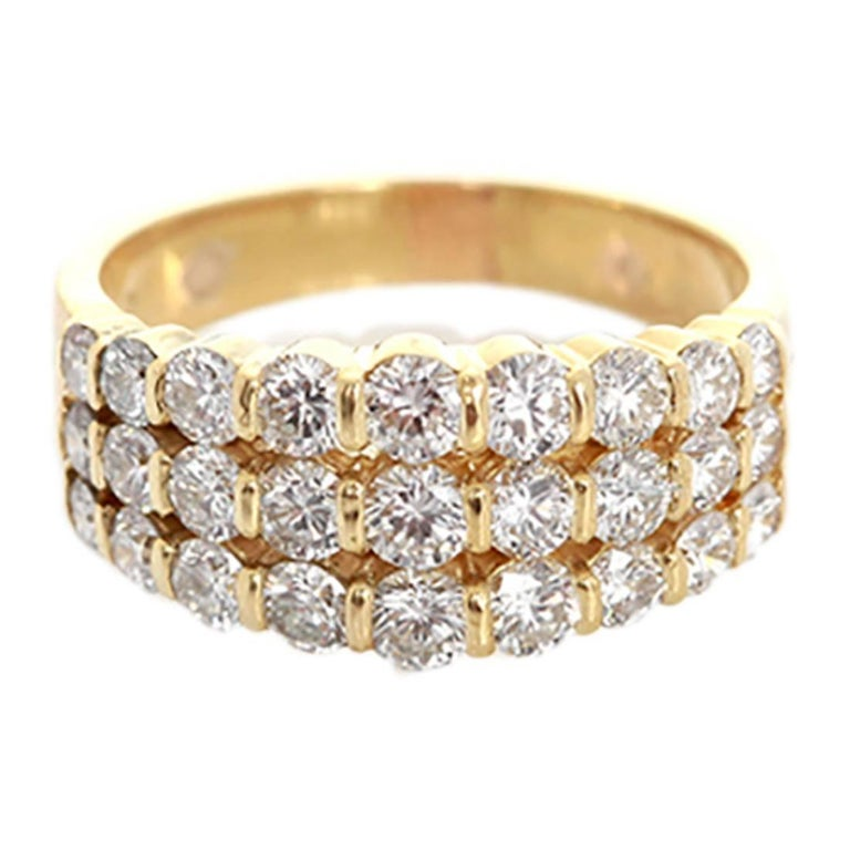 Amazing Diamond Gold Ring For Sale