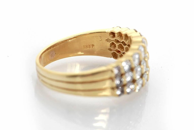 Amazing Diamond Gold Ring In New Condition For Sale In Dallas, TX