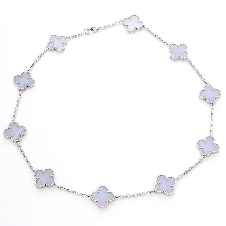 Van Cleef & Arpels Vintage Alhambra 10 Motifs - . Beautiful Vintage Alhambra Van Cleef & Arpels Necklace. 10 Motifs set in White gold. Made of Chalcedony. Total weight 22.4 grams.