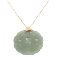 Beautiful Jade Gold Pendant Necklace