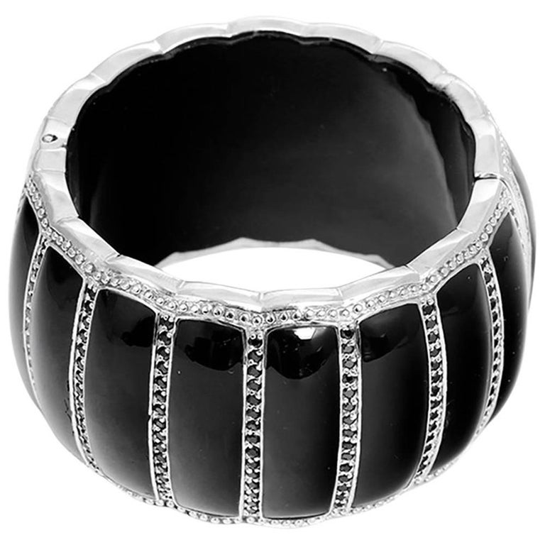 Miriam Salat Scallop Black Resin Black Topaz Cuff Bracelet For Sale