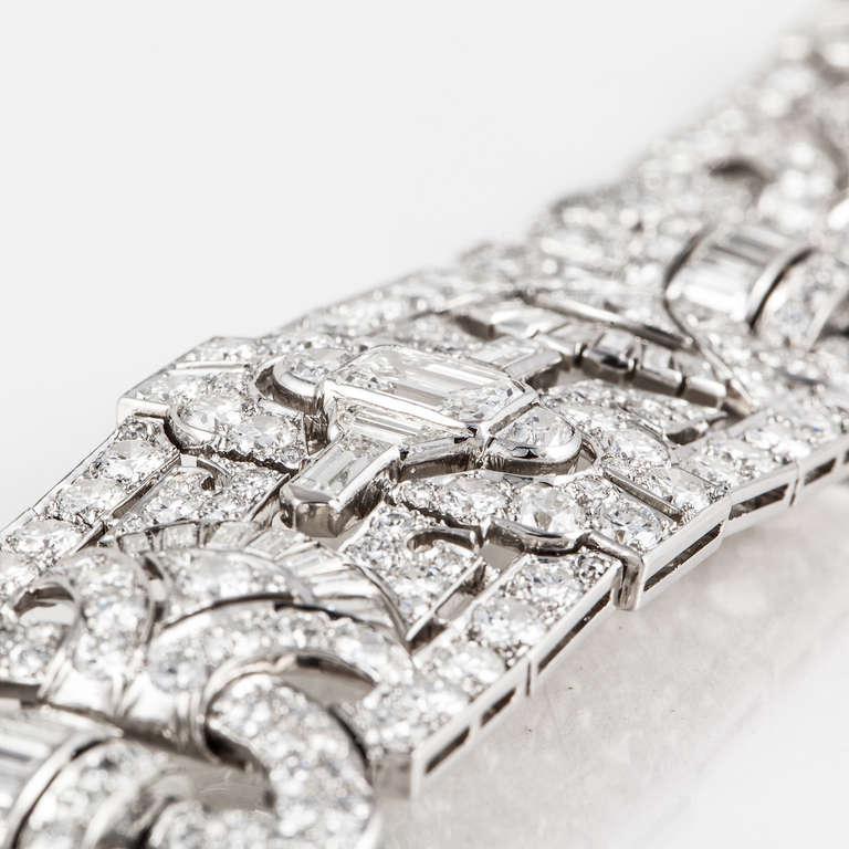 Women's Art Deco Diamond and Platinum Bracelet For Sale