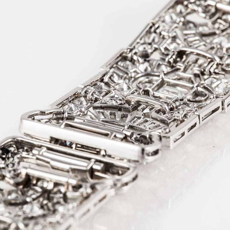 Art Deco Diamond and Platinum Bracelet For Sale 1
