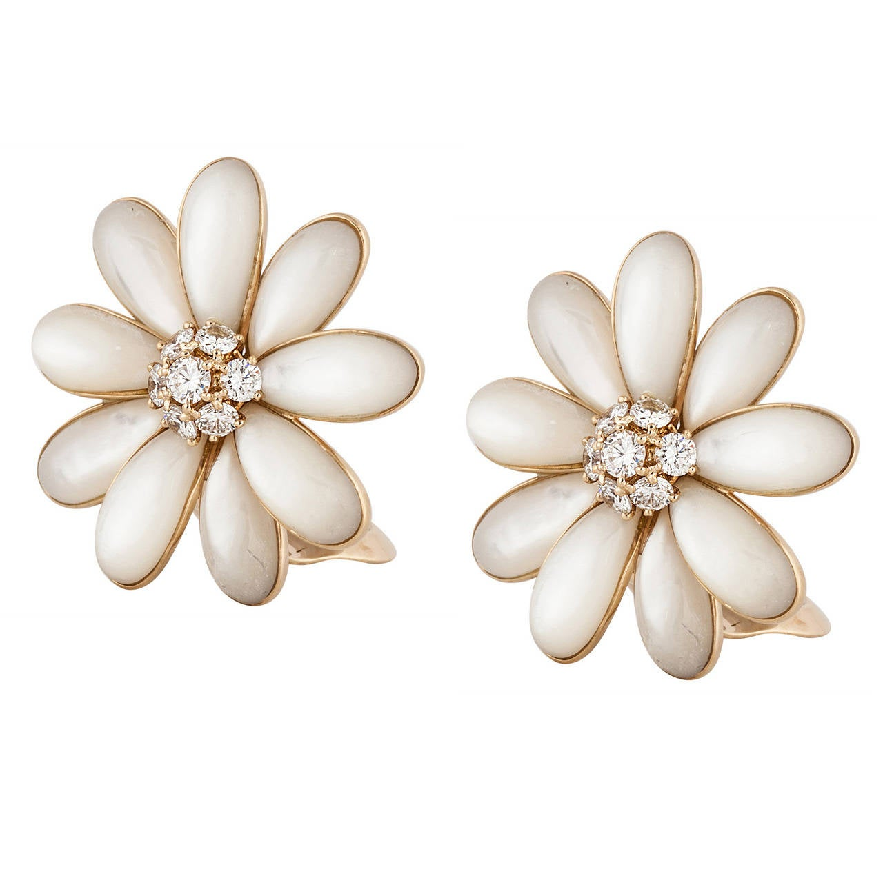 Van Cleef And Arpels Motherofpearl Diamond Gold Daisy Flower Earrings 1