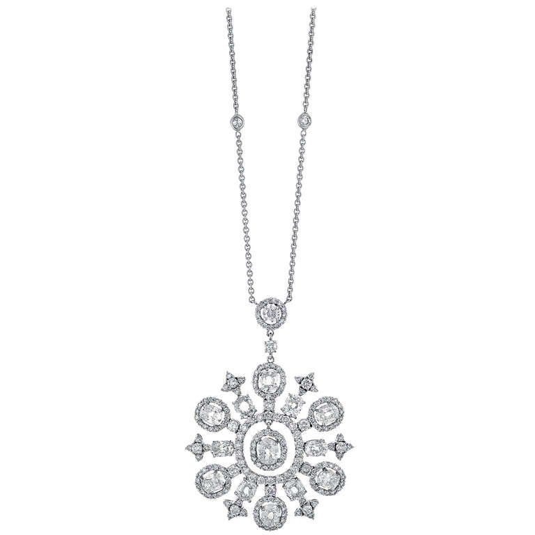 Snowflake Diamond and White Gold Necklace For Sale