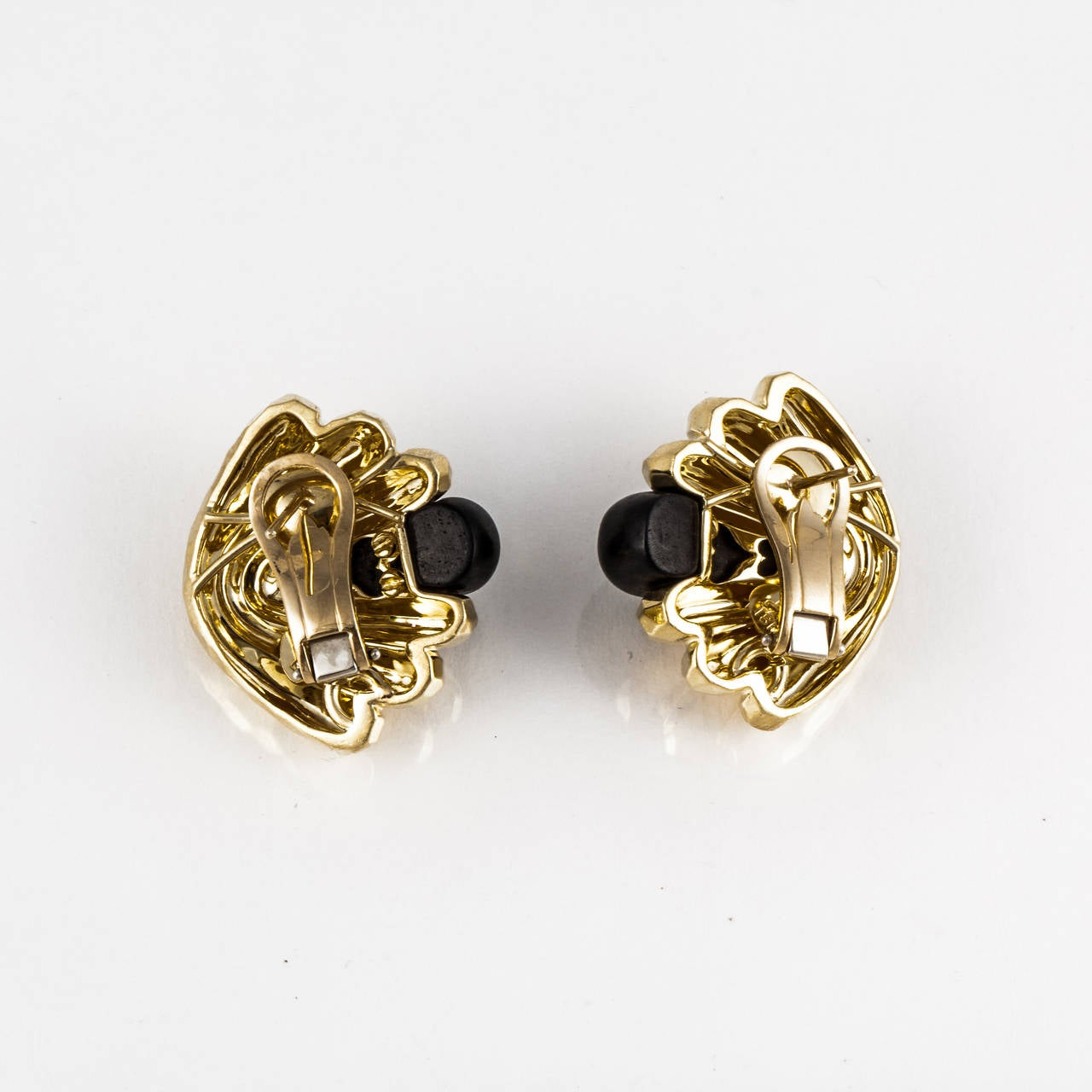 Henry Dunay Ebony Gold Ear Clips In Excellent Condition For Sale In Houston, TX