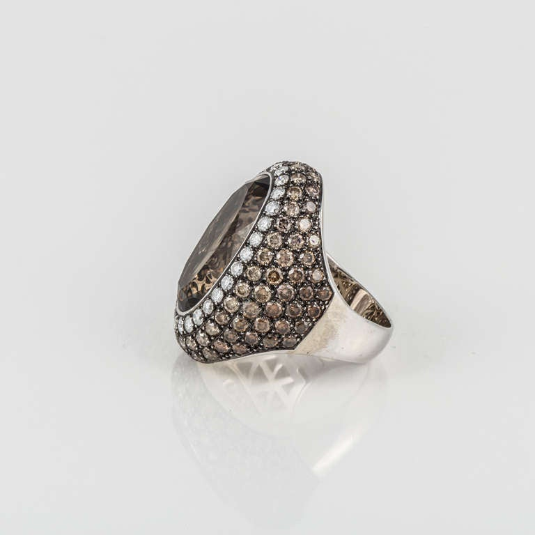 Smoky Quartz, Diamond, and White Gold Ring In Good Condition For Sale In Houston, TX