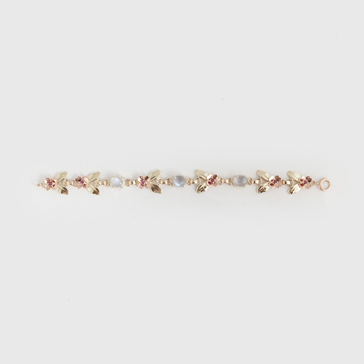 Tiffany & Co. Retro Moonstone Gold Link Bracelet In Excellent Condition For Sale In Houston, TX