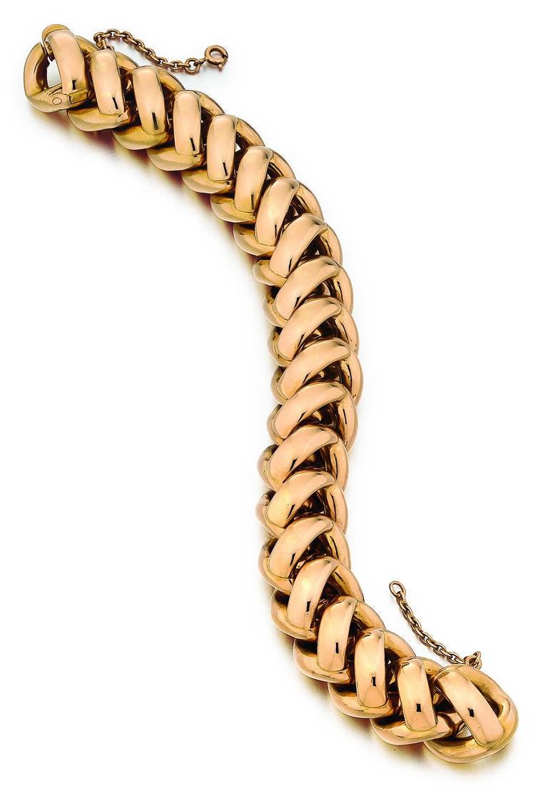 Retro link bracelet in 18K high polished rose gold, measuring 8 inches in length.