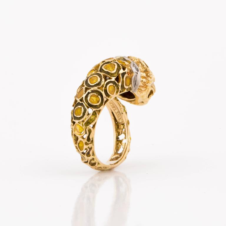 Lalaounis 18K Yellow Gold Enameled Lion Ring For Sale 1