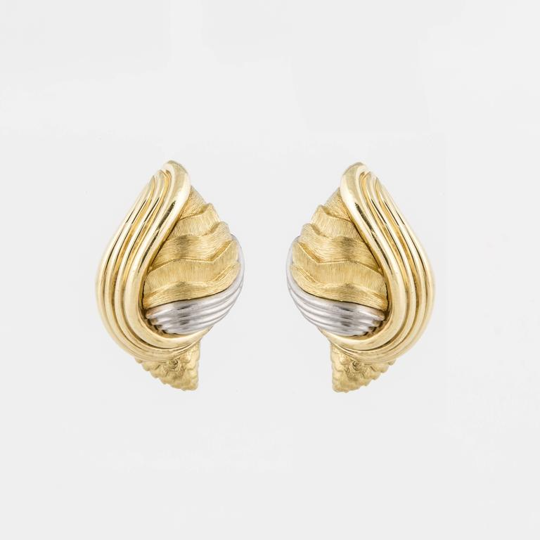 Henry Dunay Two-Tone Shell Clip Earrings 3