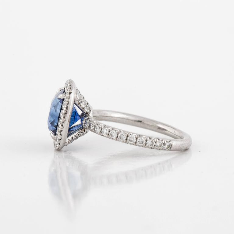 Cushion Cut Sapphire and Diamond Ring For Sale