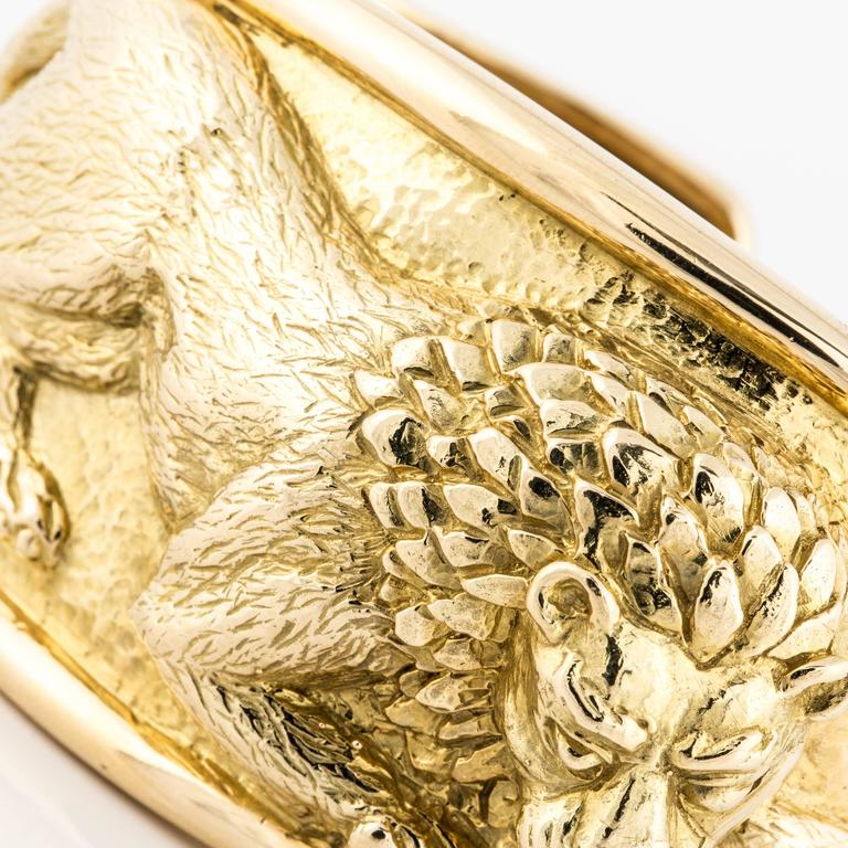 David Webb Lion Cuff Bracelet In Excellent Condition For Sale In Houston, TX