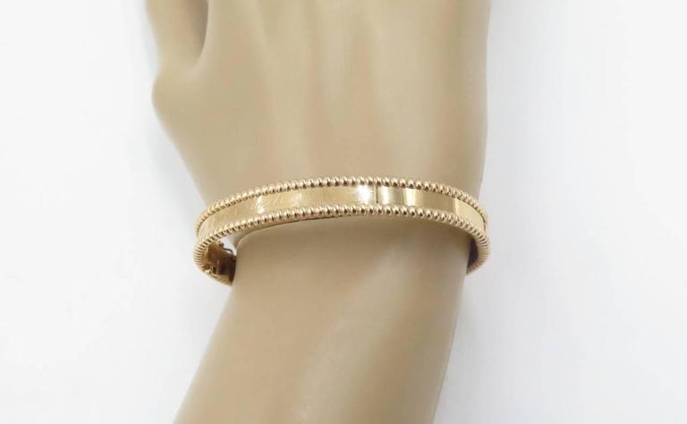 Perlee Signature Arpels Van Gold Bangle Bracelet Cleefamp; 8Nn0mOyvwP
