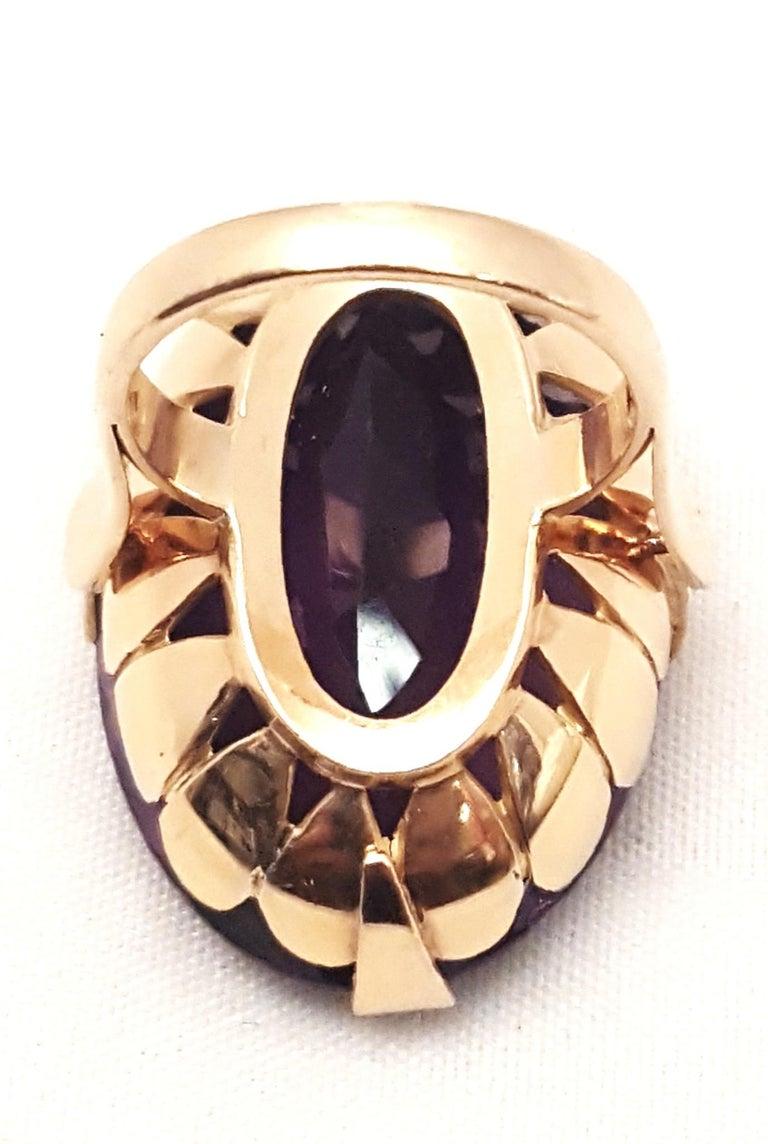 Women's 1930s 18 Karat Russian Amethyst Ring For Sale