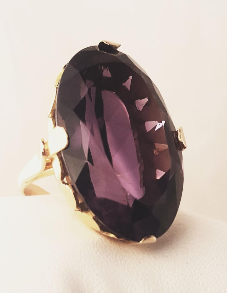 Contemporary 1930s 18 Karat Russian Amethyst Ring For Sale