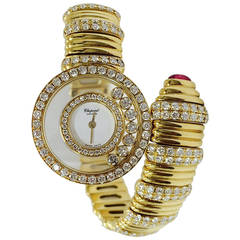 Chopard Lady's Yellow Gold Diamond Happy Diamonds Quartz Wristwatch