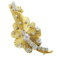 1970s 18 Karat European Cut Diamond Gold Flower Brooch