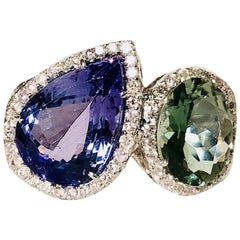 18 Karat White Gold Gorgeous Green Sapphire, Tanzanite and Diamond Ring