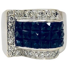 18 Karat Sumptuous Sapphire and Diamond Ring