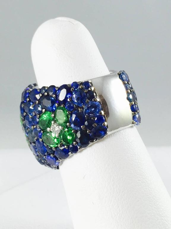 Sapphire Tsavorite Diamond Band Ring In Excellent Condition For Sale In Palm Beach, FL