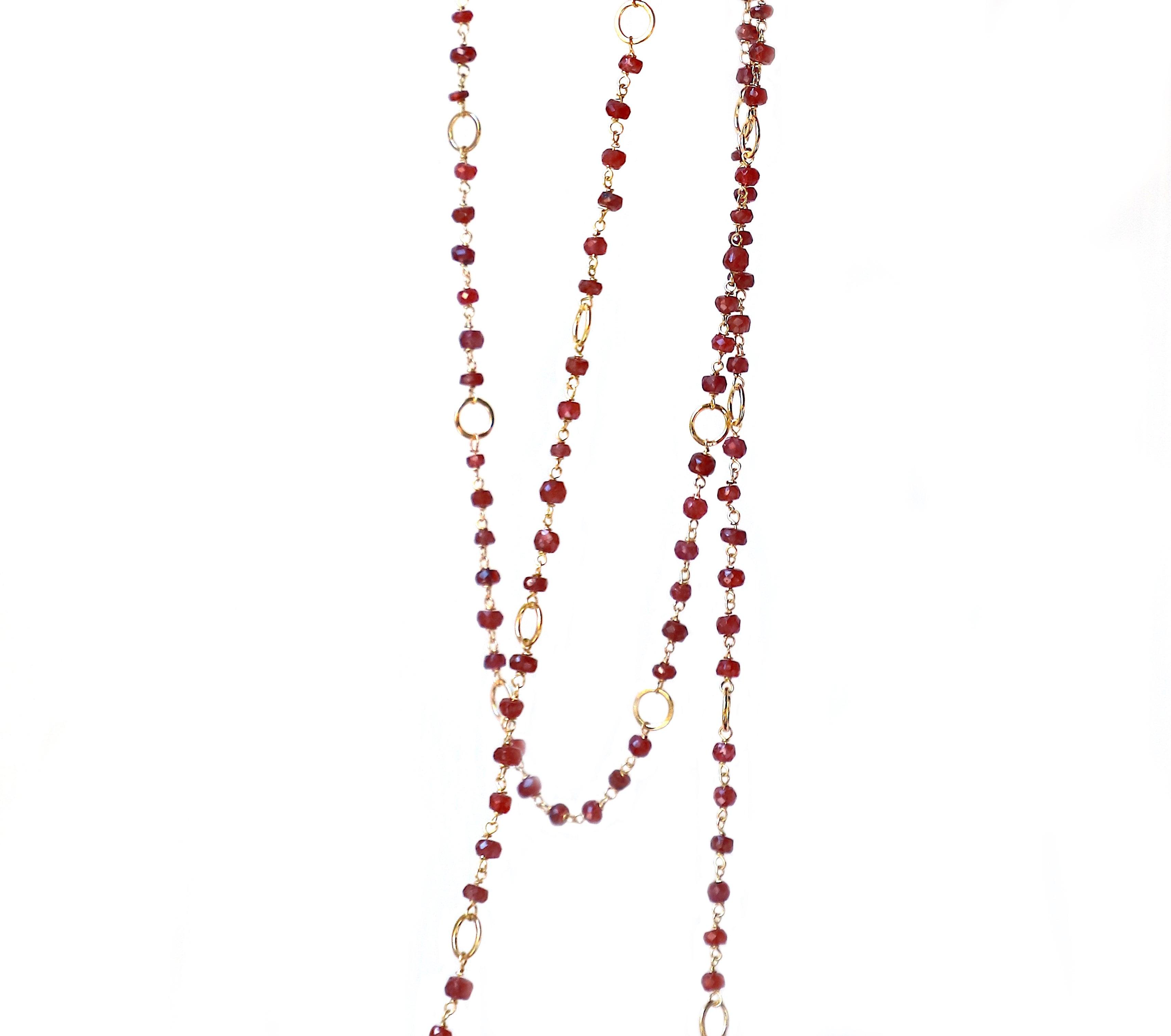 Art Deco Style 18Karat Yellow Gold Hammered Links Garnet Beaded Necklace Sautoir