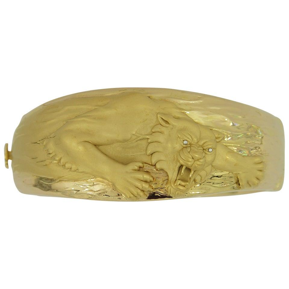 Carrera Y Carrera Gold Big Cat Cuff