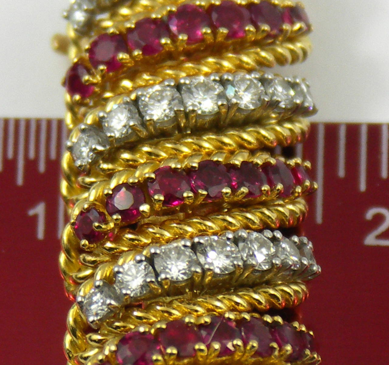 Ruby Diamond Gold Barber Pole Bracelet In Excellent Condition For Sale In Blue Ridge, GA