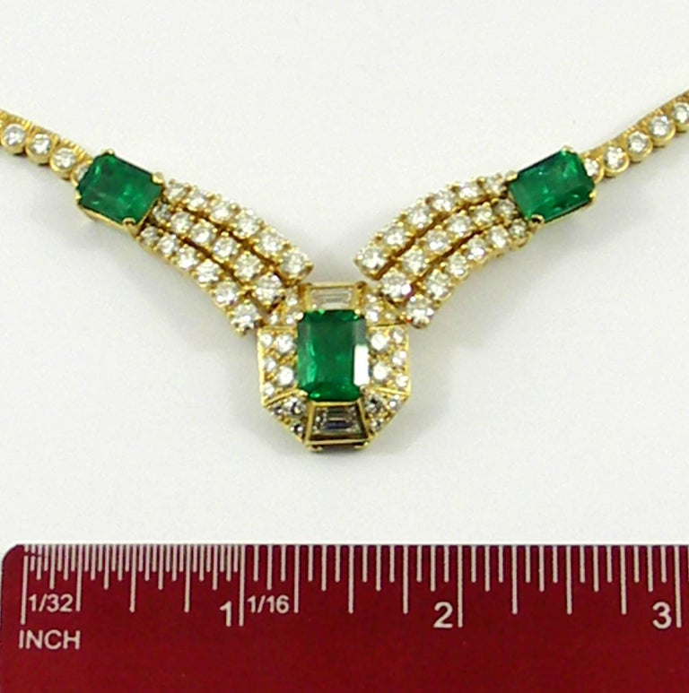 Round Brilliant Cut and Baguette Cut Diamond Certified Zambian Emerald Necklace For Sale 3