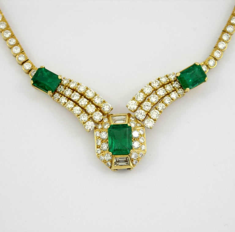 Round Brilliant Cut and Baguette Cut Diamond Certified Zambian Emerald Necklace For Sale 4